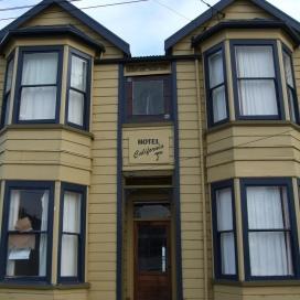 Hotel California 6 Riego Street