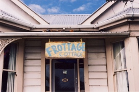 Frottage Cottage 185 Leith Street