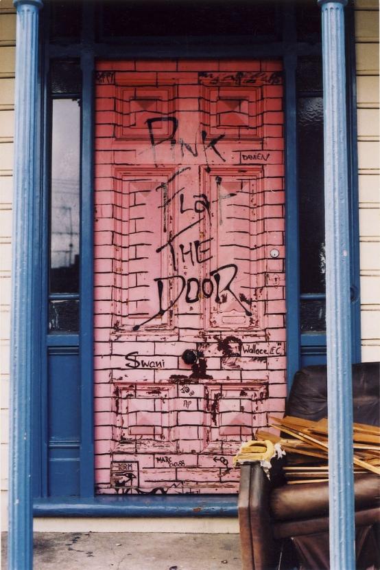 Pink Flat the Door 3 Clyde Street